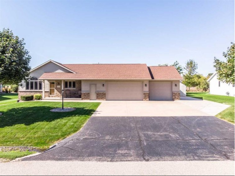 N1067 Redwing Drive, Greenville, WI by Coldwell Banker Real Estate Group $255,000