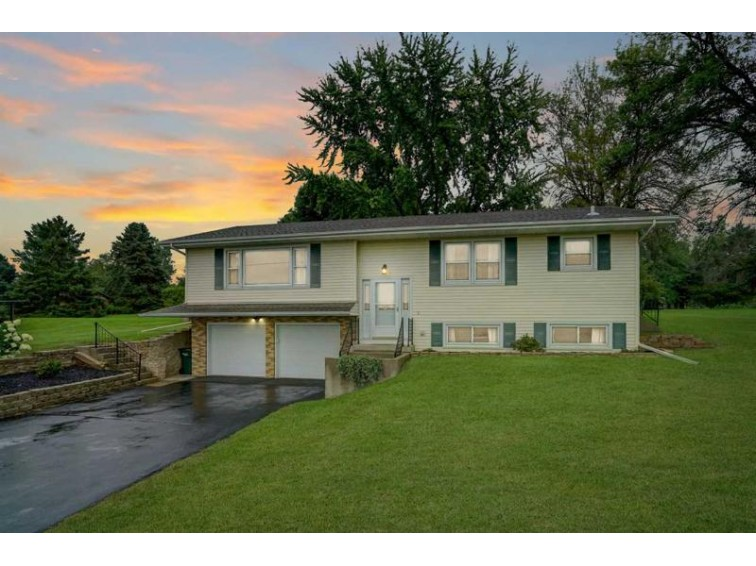 3728 Vilas Rd, Cottage Grove, WI by Realty Executives Cooper Spransy $282,500