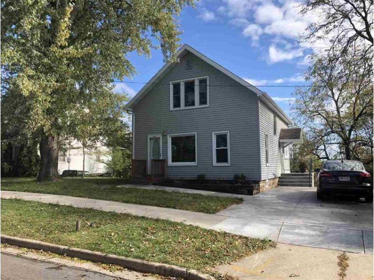 1320 Glendale Ave, Tomah, WI by First Weber Real Estate $95,900