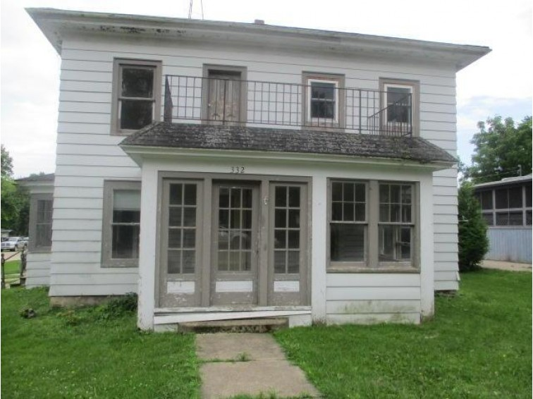 332 E Main St, Brandon, WI by Re/Max Heritage $29,900