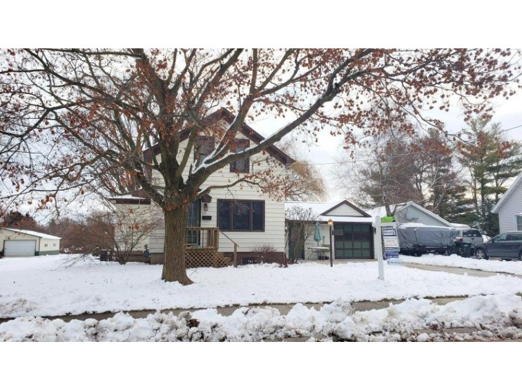 632 Columbus Ave, Brillion, WI by Coldwell Banker The R E Group- Brillion $124,900