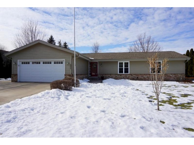 W144N4853 Stone Dr Menomonee Falls, WI 53051-6930 by Milwaukee Flat Fee Homes $324,900