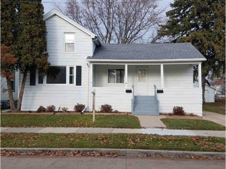 822 Waugoo Avenue, Oshkosh, WI by Century 21 Affiliated $89,900