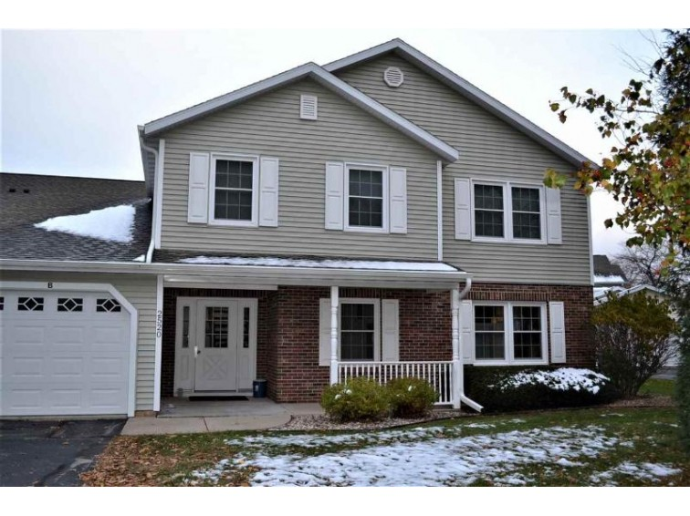 2520 Village Lane D Oshkosh, WI 54904-8174 by RE/MAX On The Water $98,000