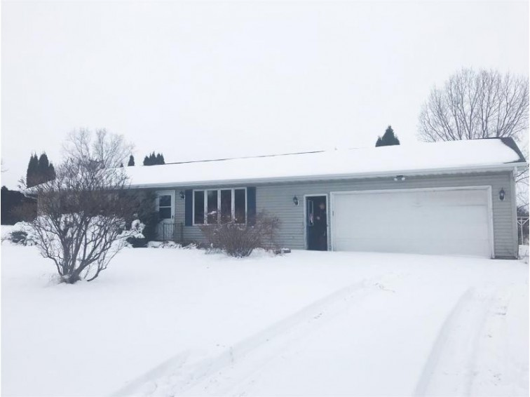 4343 Waupun Road Oshkosh, WI 54902 by Beckman Properties $130,900