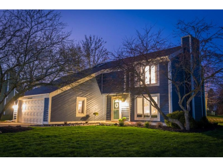 N27W22538 Burningwood Ln Waukesha, WI 53186-8817 by Firefly Real Estate, Llc $369,900
