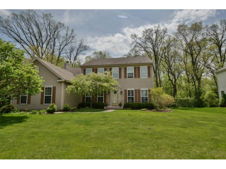 N73W24375 Ridgewood Rd Sussex, WI 53089 by Redefined Realty Advisors Llc $469,900