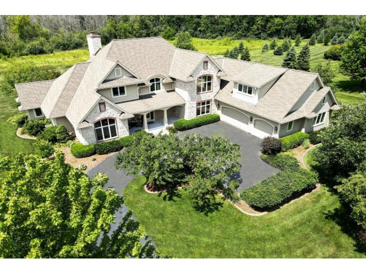 12877 N Cobblestone Ct Mequon, WI 53097-1812 by Coldwell Banker Realty $1,050,000