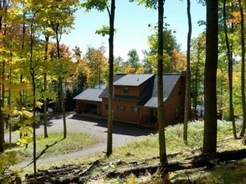 11001 Forest Dr, Presque Isle, WI 54557