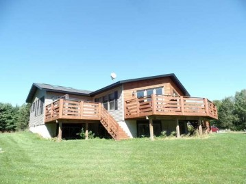 N5179 Axen Rd, Russell, WI 54435