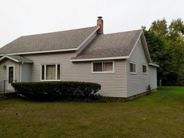 214 First St N, Eagle River, WI 54521