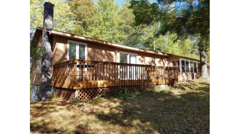 W4542 Amanda Ln King, WI 54487 by Woodland Lakes Realty, Llc $189,900