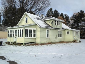 536 Mill St, White Lake (village), WI 54491