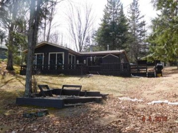916 Lakeside St, White Lake (village), WI 54491