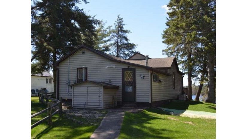 N10354 Horseshoe Rd King, WI 54487 by Woodland Lakes Realty, Llc $189,900