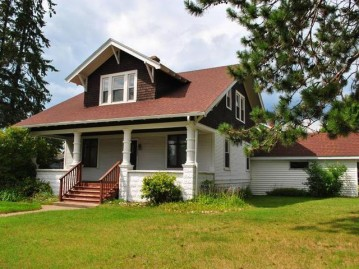 323 Spruce St, Eagle River, WI 54521