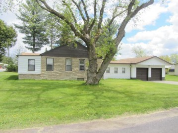 537 Wisconsin St, Eagle River, WI 54521
