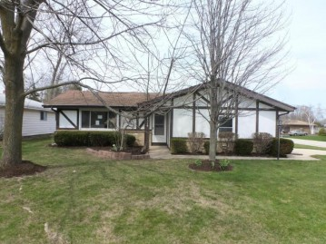 5636 Carriage Hills Dr, Mount Pleasant, WI 53406-2243