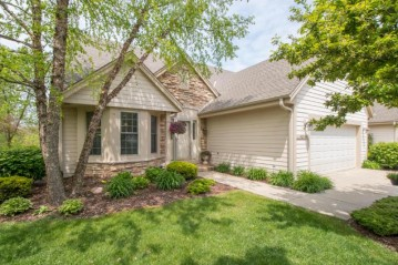 4256 N Circle Dr 2, Mount Pleasant, WI 53405-1453