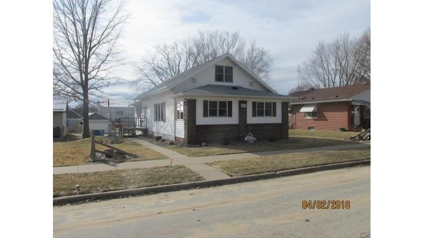 310 N WASHINGTON AVE Viroqua, WI 54665-1429 by Shane Peterson Realty $164,900