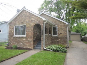 4532 28th Ave, Kenosha, WI 53140-3036