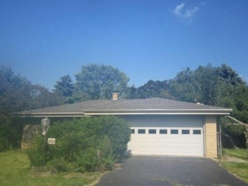 1615 Meadowlane Ave, Mount Pleasant, WI 53406