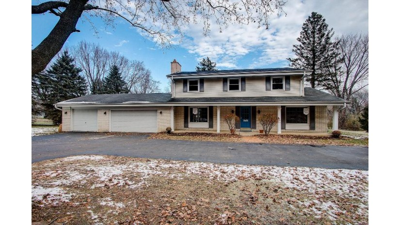 S94W23180 Meadow View Ln Vernon, WI 53103-9738 by RE/MAX Legacy $314,900