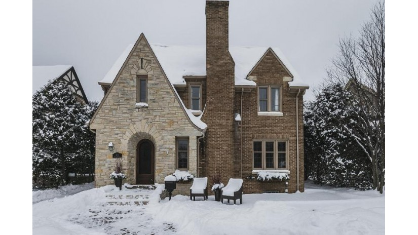 1578 E Cumberland Blvd Whitefish Bay, WI 53211-1141 by Keller Williams Realty-Milwaukee North Shore $639,000