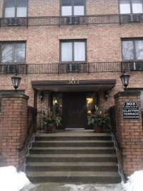 303 E Henry Clay St 304, Whitefish Bay, WI 53217-5554