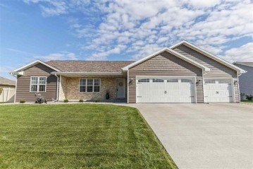 2263 RED TAIL GLEN, DePere, WI 54115-1631