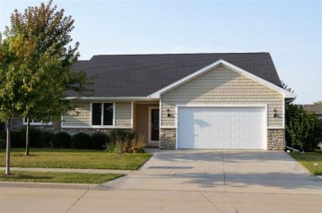 608 HAROLD Way, Kimberly, WI 54915-6199