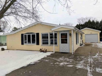 515 N 9TH Street, Winneconne, WI 54986