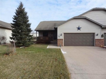 24 SPENCER VILLAGE Court, Grand Chute, WI 54914