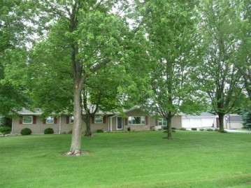 N5724 NELSON Road, Lamartine, WI 54937