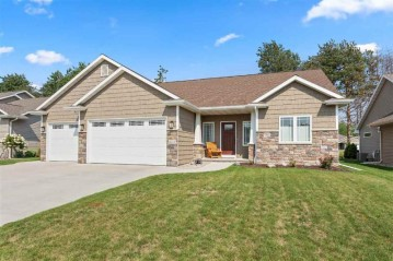 4772 N INDIGO Lane, Grand Chute, WI 54913-8760
