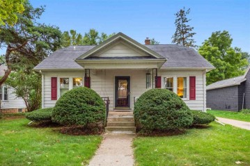 431 E CIRCLE Street, Appleton, WI 54912