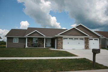 2100 W HERON Lane, Grand Chute, WI 54913