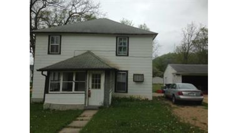 414 South St Richland Center, WI 53581 by Mardel Realty Group, Llc $49,000