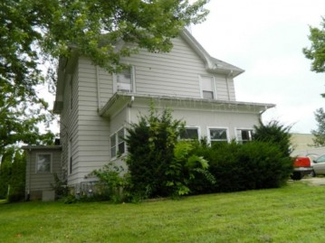 W3052 Main St, Jefferson, WI 53550