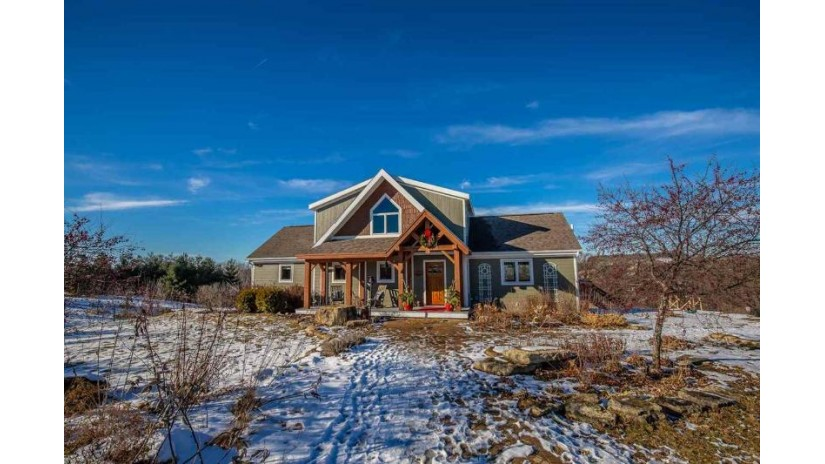 2285 Survey Rd Mineral Point, WI 53533 by True Blue Real Estate $410,000