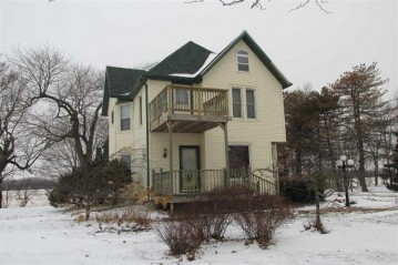 N9007 County Road I, Burnett, WI 53922