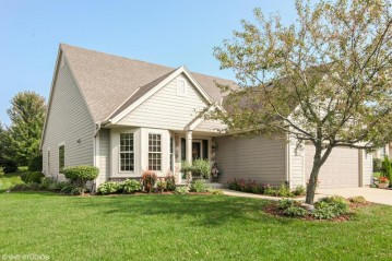 2420 W Circle Dr, Mount Pleasant, WI 53405-1455