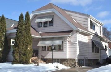 2358 N 63rd St, Wauwatosa, WI 53213-1544
