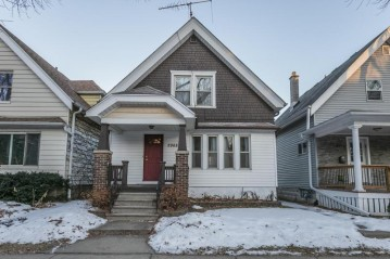 2968 S Clement Ave, Milwaukee, WI 53207-2470