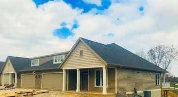 108 S Hills Ct 3b, Plymouth, WI 53073
