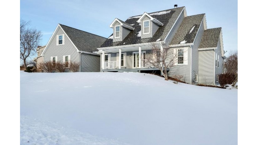 11203 44th Ave Pleasant Prairie, WI 53158-3944 by RE/MAX Newport Elite $440,000