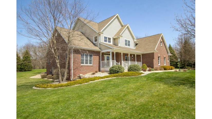 30840 Royal Hill Rd Rochester, WI 53105-7753 by Keefe Real Estate, Inc. $499,900