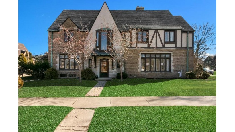 217 69th St Kenosha, WI 53143-5518 by Berkshire Hathaway Home Services Epic Real Estate $489,900