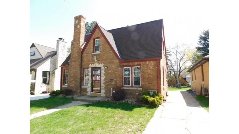 1306 N 64th St Wauwatosa, WI 53213-2930 by Realty Executives Integrity~Brookfield $178,500