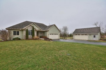 W1697 Pleasant Ridge Rd, Concord, WI 53066
